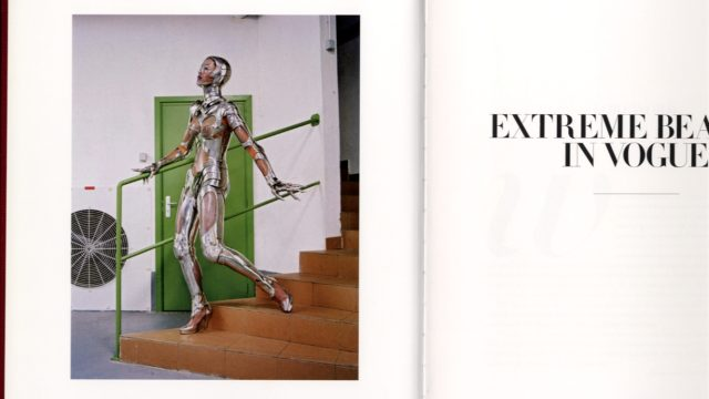 Phyllis Posnick / EXTREME BEAUTY IN VOGUE